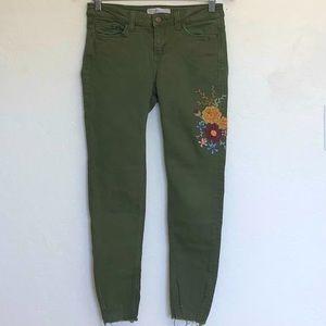 Zara Basic Floral Embroidery Green Raw Hem Skinny Jeans Sz 4